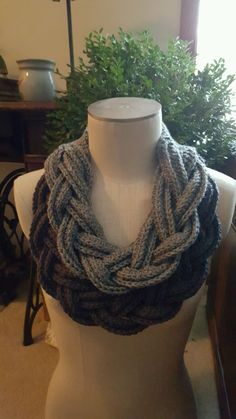 Double Layer Braided Cowl Free pattern on Ravelry