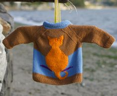 Toddler's Blank Slate Cardi Only 12 months size BUT Has Big Cat, Owl, & Whales Charts. Apply to larger size Sweater/Cardigan