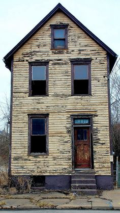 Old House Forgotten.. in Braddock,PA