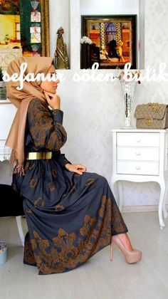 Hijabi Style--omigosh, I love the matching shoes/scarf combination with the navy and brown and gold belt