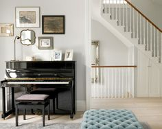Farrow & Ball Blackened very light grey, elegant