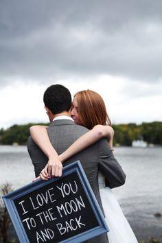 sign love - DIY Muskoka Bay Club Wedding from A Simple Photograph