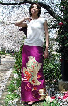 クリックで元の大きさに戻ります Kimono Design, Kimono Pattern, Kimono Fabric, Japanese Kimono, Refashion, Tie Dye Skirt, Lace Skirt, Upcycle, Couture