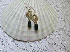 Vintage Emerald Baguette earrings Gold Filigree earrings