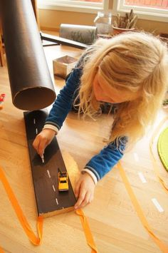 Blackboard paint on scrap wood Preschool Ideas, Activities For Kids, Blackboard Paint, Blackboards, Diy For Kids, Scrap, Wood, Crafts, Art