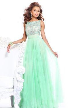 Мятное платье со стразами