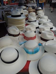 Paja Toquilla Hat original from Ecuador Artesanias Ecuatorianas 59b3c7d6d2a