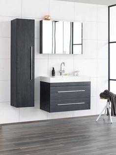 KARWEI | Deze grijze badkamermeubels geven de badkamer een strakke uitstraling. #badkamer #wooninspiratie #karwei