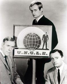 """The Man From U.N.C.L.E."" cast: Leo G. Carroll, David McCallum, and Robert Vaughan (1964)"