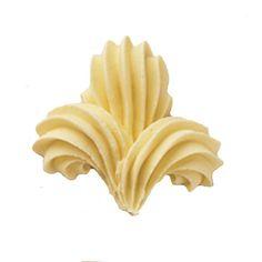 Fleur De Lis in buttercream, for Boy Scout cupcakes