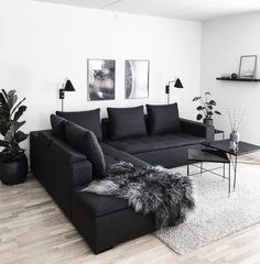 affordable apartment living room design ideas on a budget ~ Home of Magazine Living Room Decor Cozy, Living Room Interior, Home Living Room, Living Room Designs, Bedroom Decor, Black Living Room Furniture, Decor Room, Cozy Living, Living Room Ideas Dark Couch