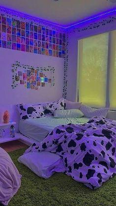 Neon Bedroom, Room Design Bedroom, Room Ideas Bedroom, Bedroom Inspo, Indie Room Decor, Teen Room Decor, Chambre Indie, Retro Room, Cozy Room