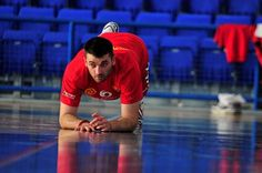 Marko Simovic - Lateral Montenegro - Al Ahli (Emiratos Árabes)