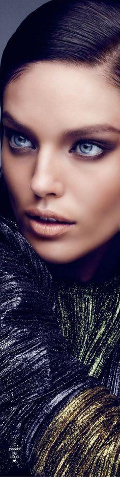 Emily Didonato for Vogue Arabia Glamour Beauty, Beauty Bar, Beauty Makeup, Beautiful Models, Beautiful Eyes, Gorgeous Women, Modelo Emily, Latest Makeup Trends, Emily Didonato