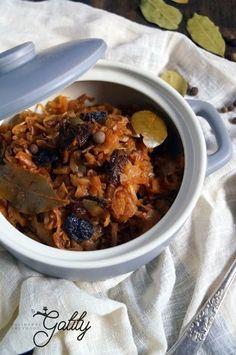 Bigos végétaliens (régime de dr Dąbrowska) - New Ideas Sauerkraut, Diet Recipes, Healthy Recipes, Healthy Food, Dieta Fitness, Potato Pancakes, Cabbage Rolls, Simply Recipes, Polish Recipes