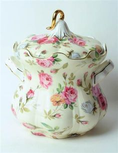 REPRODUCTION - Floral biscuit jar. <3 the colours and pattern