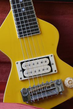 Instrumental Instruments: Erlewine Chiquita Travel Guitar www.rocktheory.net