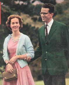 le roi Baudouin avec Fabiola (une partie de la couverture du magazine PARIS MATCH N° 599 octobre 1960) .