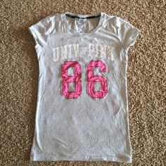 VS Pink Top Hardly worn Victoria's Secret top PINK Victoria's Secret Tops Tees - Short Sleeve