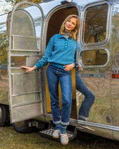#Airstream #TradeWind 1970 #glamping by #tomsvintagetrailers #Fotoshooting in Goslar Germany in Autumn. Foto by #switchstudio for #haflinger. Airstream, Glamping, Vintage Trailers, Bell Bottoms, Bell Bottom Jeans, Mom Jeans, Autumn, Studio, Germany