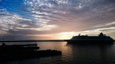Sovereign saindo do porto! Arrivederci amici! by saacquaviva