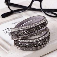 Ladies Leather Bracelet, Charm/Bangle, Buttons Adjust Size 1 Piece.