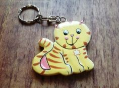 £3.00 Bali animals cat keyring - cute but practical for the little Fair Trade in the family.  Handmade in Bali, Indonesia.  #Fairtrade #Cats #Keyrings #Bali #Indonesia
