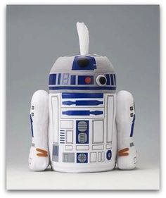 R2D2 toilet paper holder and other Star Wars bathroom-related products.