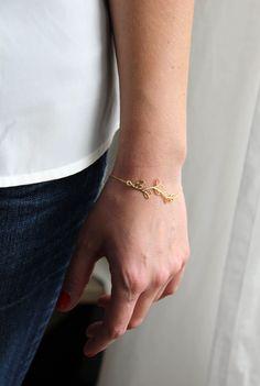 Image of Bracelet branche dorée.
