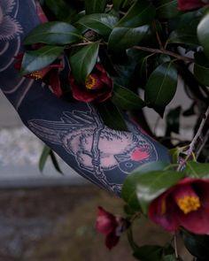 Tattoo by Gakkin Tattoo Artists, Tattoos, Instagram, Birds, Twitter, Ink, Fur, Tatuajes, Tattoo