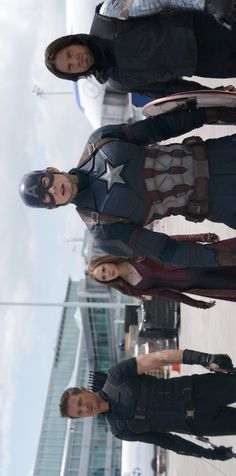Hawkeye, Scarlet Witch, Captain America, and Winter Soldier