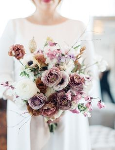 Purple Rununculus Bouquet would look lovely with a Hackberry Wood and Amethyst Wedding Band // #bentwoodring