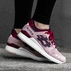 https://www.sooco.nl/asics-gel-lyte-iii-roze-lage-sneakers-24603.html
