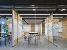 Gallery of Innovation Center 2.0 / SCOPE Architekten - 8