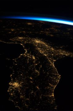 Parmitano dallo spazio: il diario fotografico