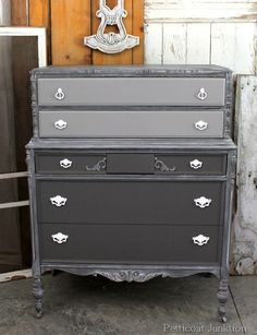 two tone paint finish with frosting, painted furniture, Two tone paint finish with frosting on the chest casing Two Tone Furniture, Loft Furniture, Paint Furniture, Home Decor Furniture, Furniture Projects, Furniture Makeover, Furniture Refinishing, Refinished Furniture, Decoupage Furniture