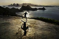 SAM_4570, Rio de Janeiro, Brazil, 2/2009, BRAZIL-10010. A man running. final print_Genoa retouched_Sonny Fabbri MAX PRINT SIZE: 40X60
