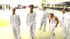 Watch the video «Backstreet Boys - I Want It That Way» uploaded by Nikeas18 on Dailymotion.