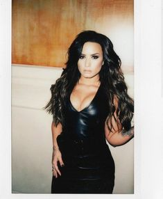 Jesse's picks yummy Demi Lovato look Selena Gomez, Divas, Demi Lovato Pictures, Jennifer Aniston Style, Hot Outfits, Woman Crush, Gorgeous Women, Absolutely Gorgeous, Foto E Video