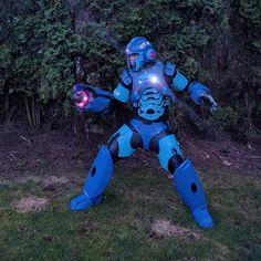 super-badass-mega-man-cosplay11