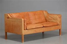 Get in my home. NOW.   Lauritz.com - Furniture - Børge Mogensen. Sofa, model 2212, cognac patinated vegetable-tanned leather - DK, Odense, Kratholmvej Sofa, Couch, Odense, Leather Furniture, Vegetable Tanned Leather, Love Seat, Cushions, Design, Home Decor