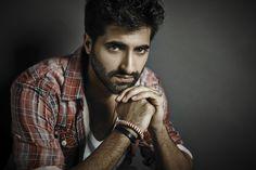 Akshay : Used to look at Randeep Hooda Akshay Oberoi, Randeep Hooda, Classy Men, Gossip, I Can, Hot Guys, Bollywood, That Look, In This Moment