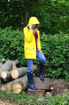 The Classic Yellow Rain Coat I wanted to do a different post for you all today! Inspired by the torrential downpour that we have been having since last night (*looks out window* yep, it's sti… #RaincoatsForWomenAprilShowers