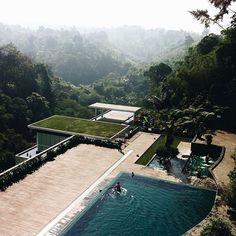 Discover 6 awesome spots in Bandung, West Java, Indonesia. http://townske.com/guide/11023/bumi-pasundan-dalam-perspektifku
