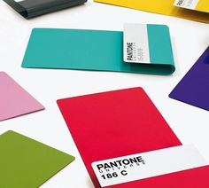 Me encanta todo lo de Pantone (L)
