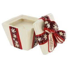For the Holidays: Gift Box Scented Candle