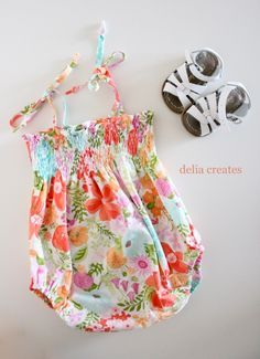 Perfection - love the shirring, skinny straps/ties, fabric selection and of course the bubble aspect! delia creates: Smocked Baby Romper FREE Tutorial (18-24 months)