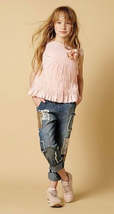 TWIN-SET Simona Barbieri :: Look Book :: MAIN COLLECTION-GIRL :: 32 Top Jeans