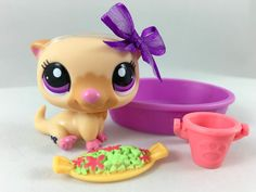 Littlest Pet Shop RARE Tan Otter #2230 w/Purple Eyes, Pool & Accessories #Hasbro