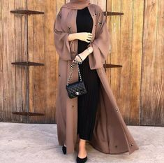 Modest Fashion Hijab, Modern Hijab Fashion, Modesty Fashion, Islamic Fashion, Abaya Fashion, Muslim Fashion, Fashion Outfits, Dubai Fashion, Abaya Mode